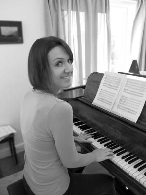 Becs Leighton Music (Piano Accompaniment)